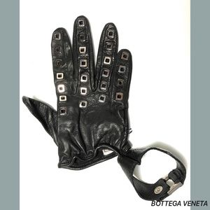 Bottega Veneta Accessories - Bottega Veneta Black Red Leather Stud Gloves Size7
